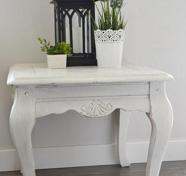 White Chalk Table